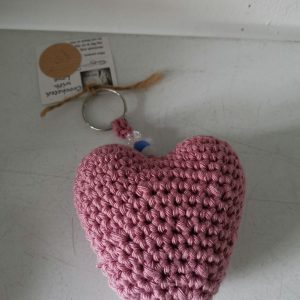 Textiles – Heart Keyring (crocheted) Pink