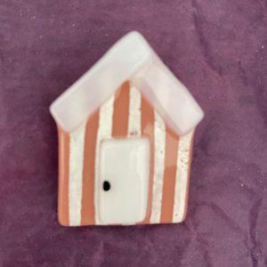 Glass Design – Beach Hut Brooch (pink)