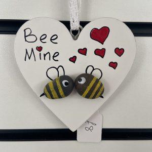 Craft – Wooden Hearts – Bee Mine