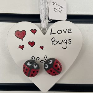 Craft – Wooden Hearts – Love Bugs